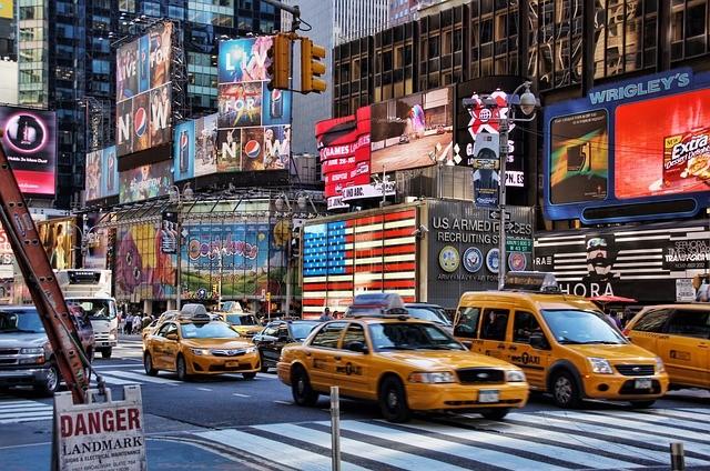 מונית גדולה באזור